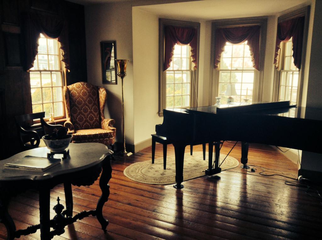 Picture of the piano studio